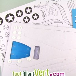Mes Z\'avions, 3 avions carton recycl� � construire et d�corer