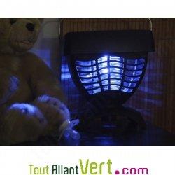 Borne anti moustique solaire, attire moustique lumi�re bleue